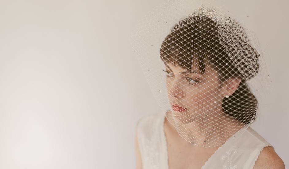 BEJEWELED FRENCH BIRDCAGE VEIL 818