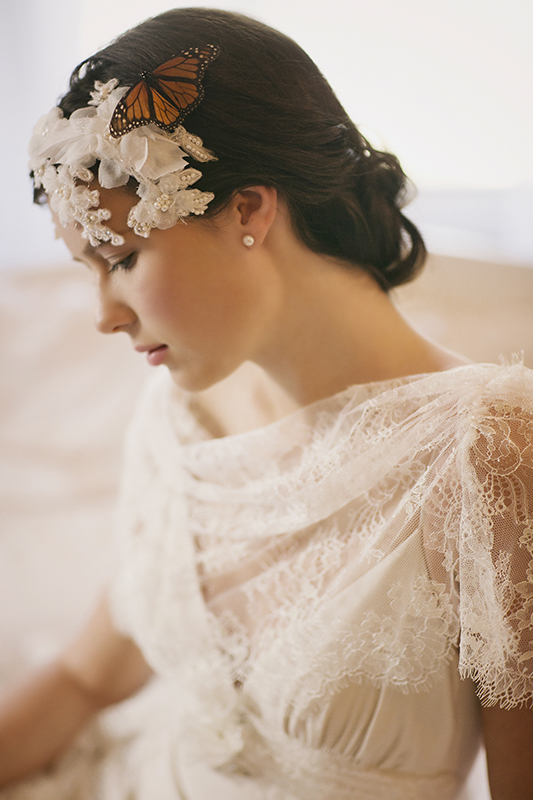 GRACE FRENCH LACE BRIDAL CLOCHE