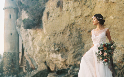 THIS MODERN ROMANCE ROSE QUARTZ INSPIRED SHOOT