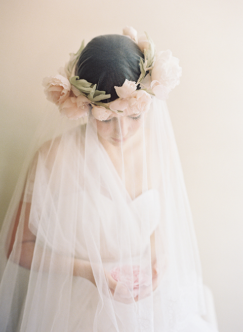 bridal flower crown & blusher veil
